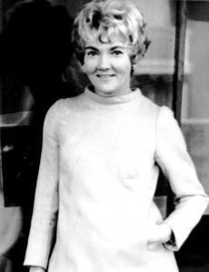Yvette Dolvia