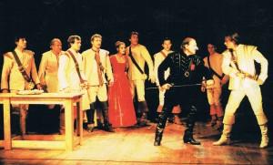 Christian provoque Cyrano devant la troupe